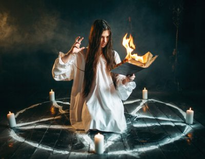 Pentagram, jak se bránit kletbám
